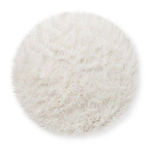25+ Best Ideas About Faux Fur Rug On Pinterest