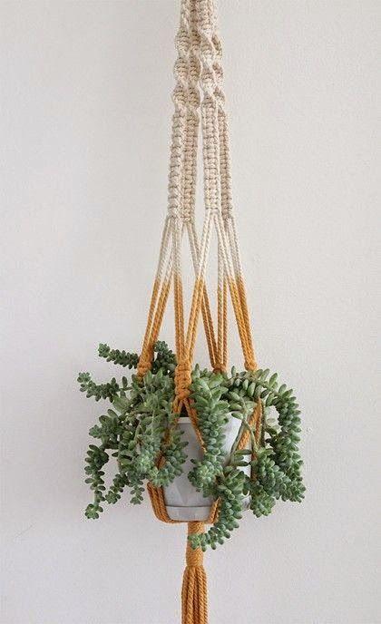 DIY: Macramé dip dye hanging planter