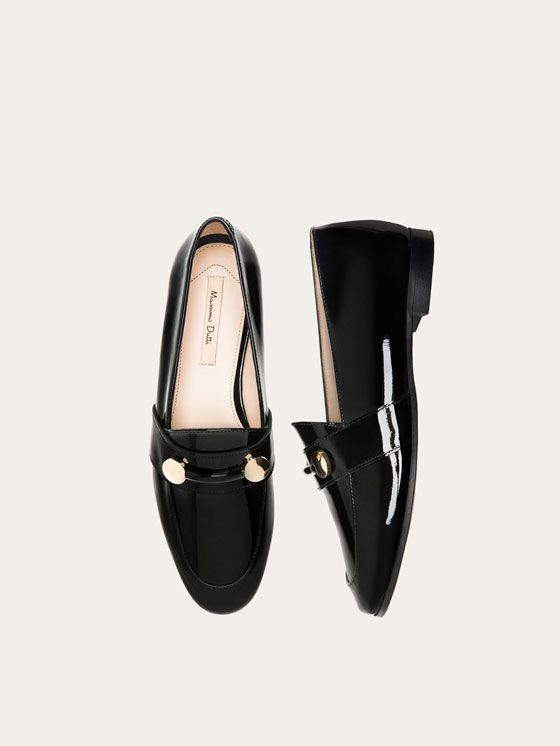 Fall Winter 2017 Women´s BLACK PATENT LEATHER LOAFERS at Massimo Dutti for 98.5. Effortless elegance!