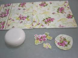 Resultado de imagem para sabonetes decoupage