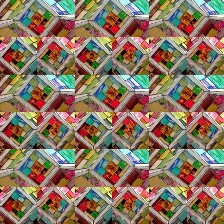 A new aspect: tiffany laamp #new #aspect #czinamonglassart #czinamon #colorful #colors #lamp #mandala #object #light #work #play #fractal #mywork #happy #inspiration #instagood #instagram #cube #bauhaus #dreamcatcher