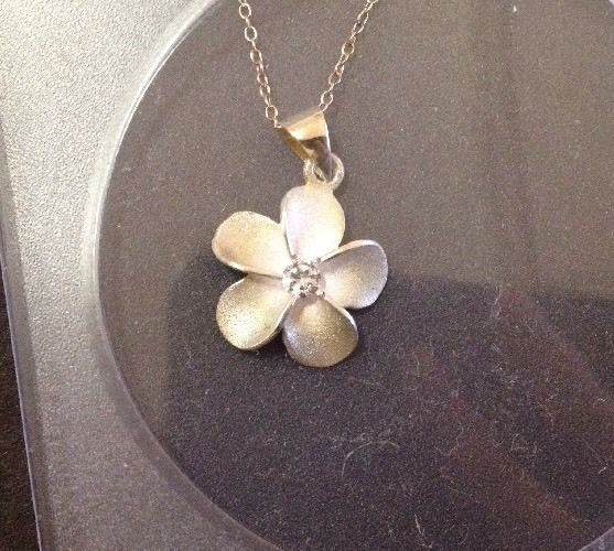 BNIB Sterling Silver Hawaii Flower  Plumeria  CZ Pendant w/ Chain - Stamped 925