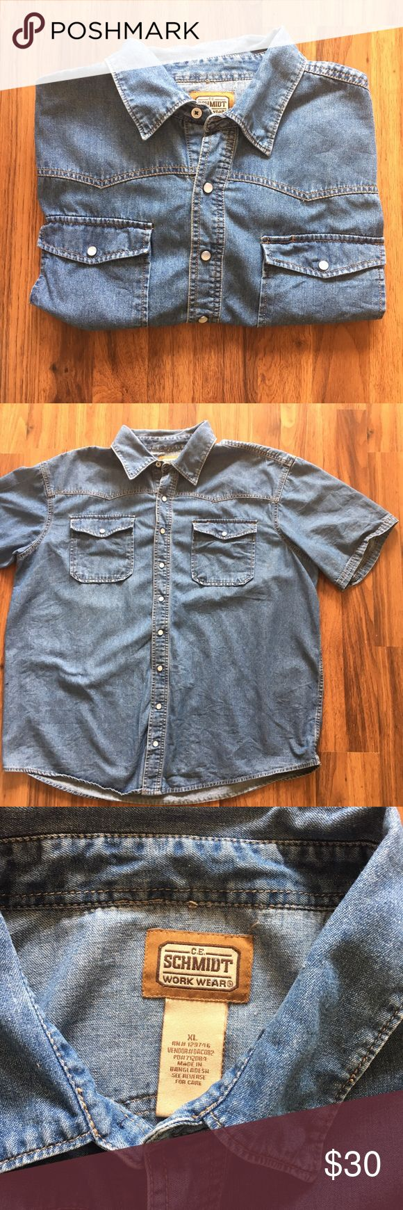 Short Sleeved Denim Shirt 🍺 Short Sleeve Denim Shirt 🍺 / button front snap buttons with one regular button at collar / 9/10 condition bc of small stain near left beast pocket, hardly noticeable / tags levi's lee wrangler rider calvin klein Ralph Lauren categorized for visibility Ralph Lauren Shirts Casual Button Down Shirts