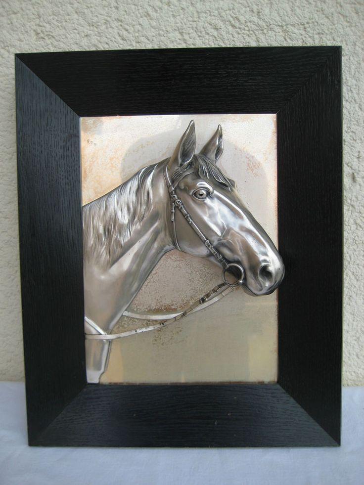 relief wandbild metall pferdekopf 3d effekt bild schwarzer holz rahmen weg. Black Bedroom Furniture Sets. Home Design Ideas