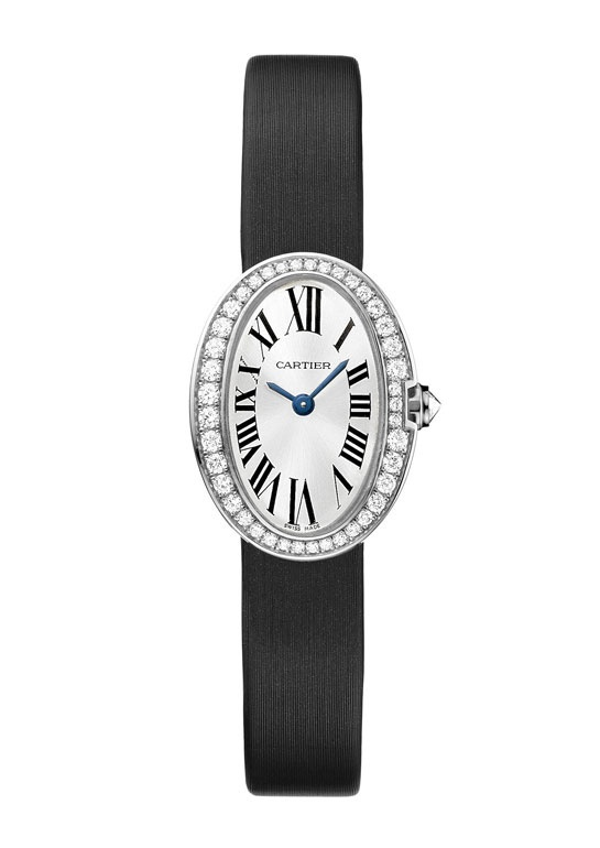 Cartier montre Baignoire http://www.vogue.fr/joaillerie/shopping/diaporama/montres-ultra-fines-cartier-chanel-bulgari-chaumet-tiffany/10963/image/652458#cartier-montre-baignoire