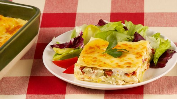 Artichoke and Sun-Dried Tomato Lasagna