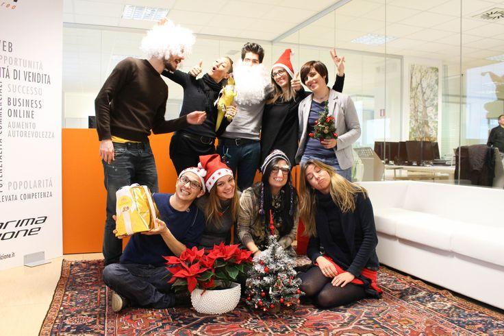 Buone Feste da @PrimaPosizione Sarà un #2015vincente !!!