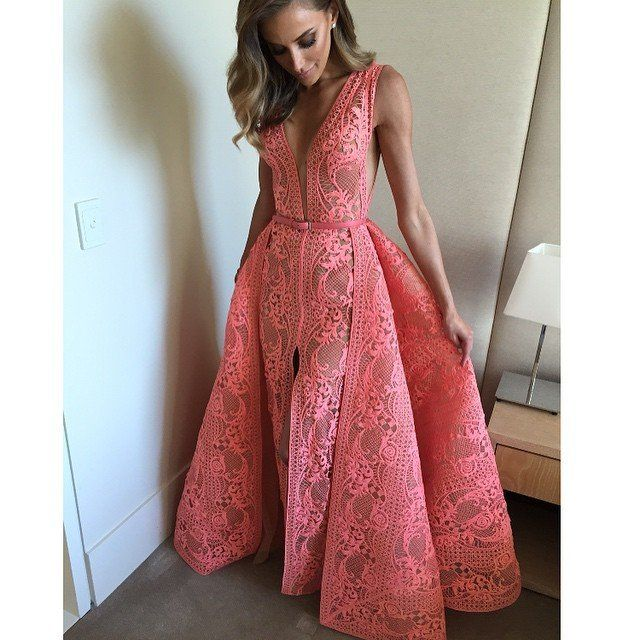 Rebecca Judd is Pretty in Pink and Ready for the Logies