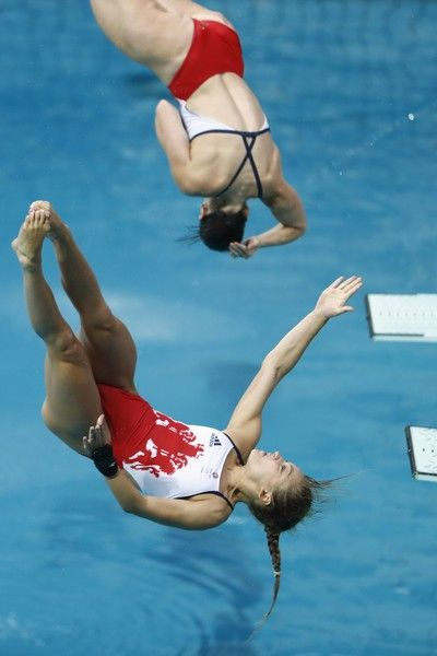 Great Britain's Alicia Blagg and Great Britain's Rebecca Gallantree compete in the Women's Synchronized 3m Springboard Final during the diving event at the Rio 2016 Olympic Games at the Maria Lenk Aquatics Stadium in Rio de Janeiro on August 7, 2016.   / AFP / Odd Andersen