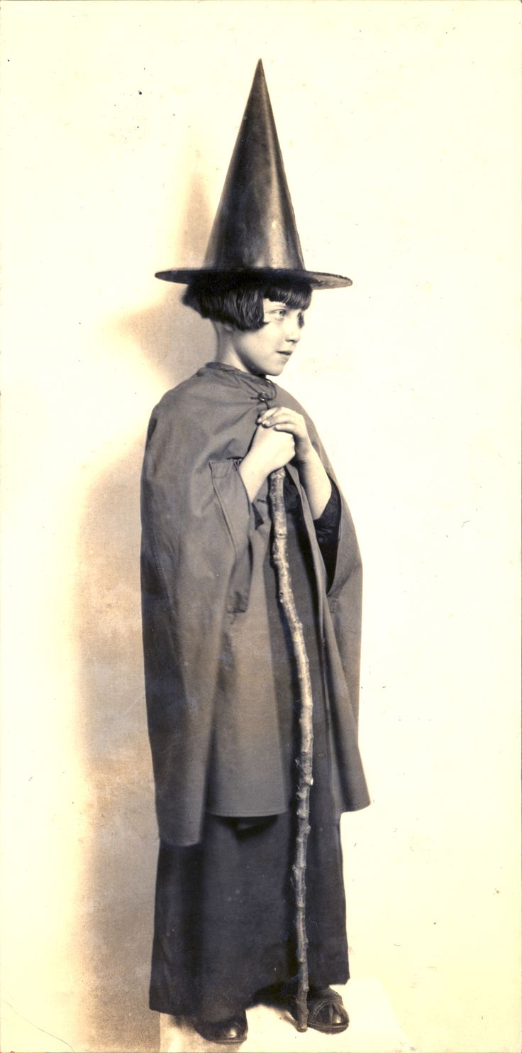 Best 25+ Vintage witch photos ideas only on Pinterest | Vintage ...