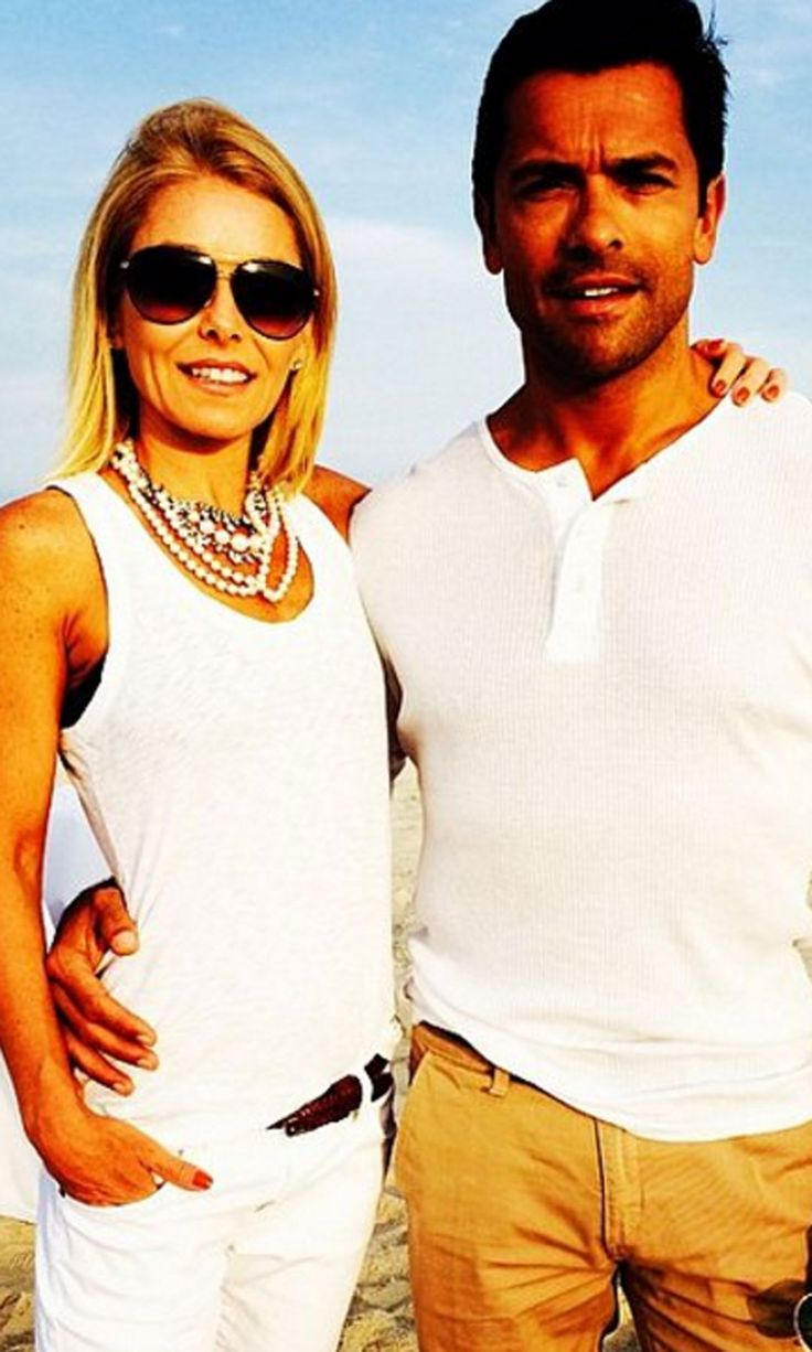 Kelly Ripa and Mark Consuelos just celebrated their 20th wedding anniversary! Here are the sweetest snaps of their adorable family.