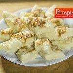 PIEROGI LENIWE Składniki: 500 g sera białego półtłustego 1 jajko 2 szklanki ugotowanych ziemniaków 1 szklanka mąki pszennej 2-3 łyżki mąki ziemniaczanej 1 łyżeczka soli 2 łyżki masła 1...