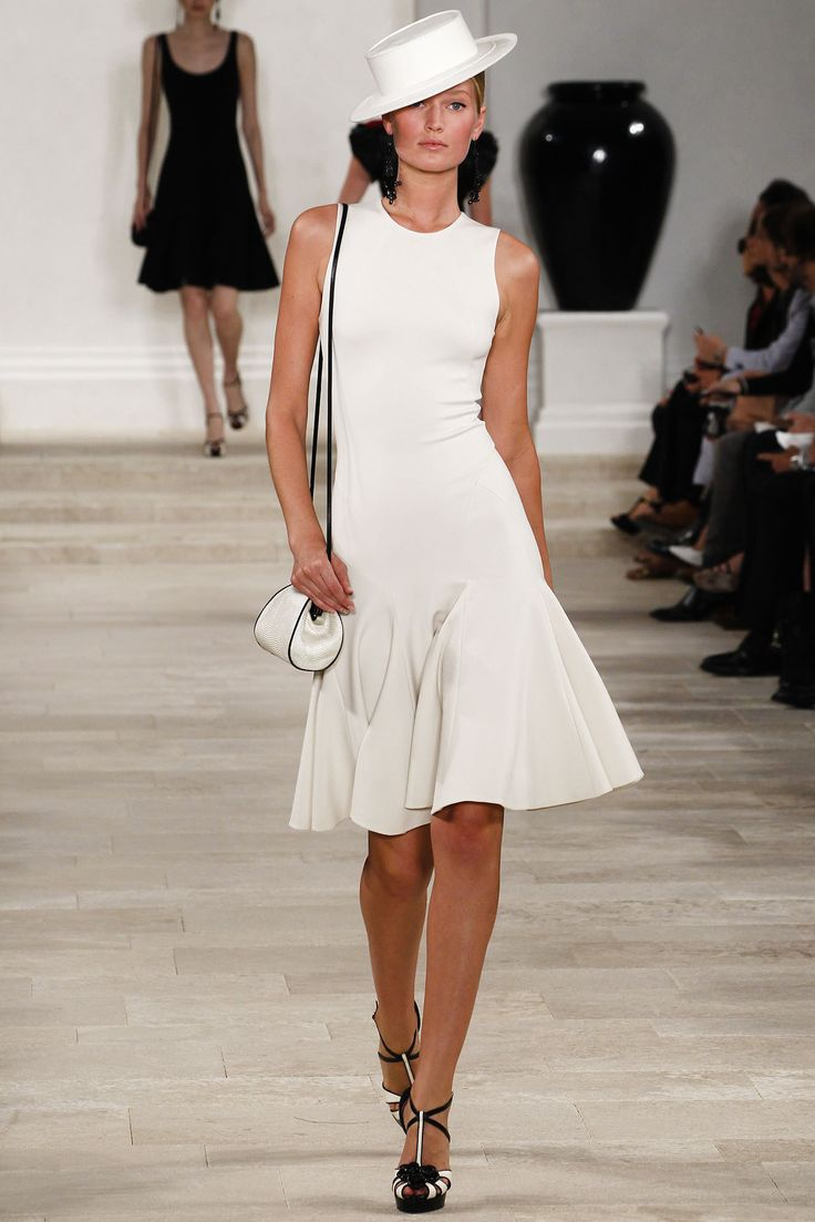 手机壳定制shopping sunglasses Ralph Lauren Spring   Ready to Wear Collection Photos  Vogue
