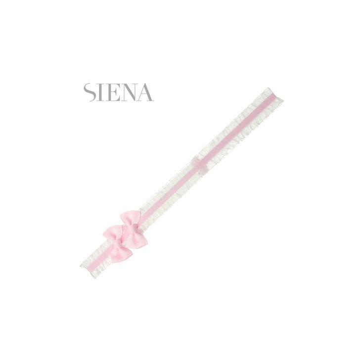 Roze haarband met ruches en strikjes van het Spaanse merk Siena. De haarband is op maat te strikken.
