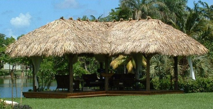 L Shaped Gazebo Style Palm Thatch Tiki Hut Chickee Hut