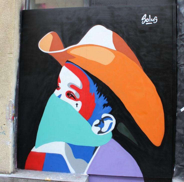 Street art Dublin solus