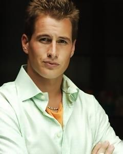 Michael Guerin played by Brendan Fehr in Roswell