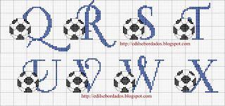 alfabeto com bola de futebol Q ao X