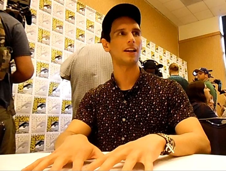 Gotham Season 3 interview with Cory Michael Smith