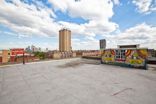 Hamlet's Apartment 039: Fantastic open space with great views of London