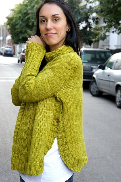 I love this as a maternity project...the slits on the side can be opened to accommodate your baby bump! via Ravelry: jojilocat's Lemongrass.