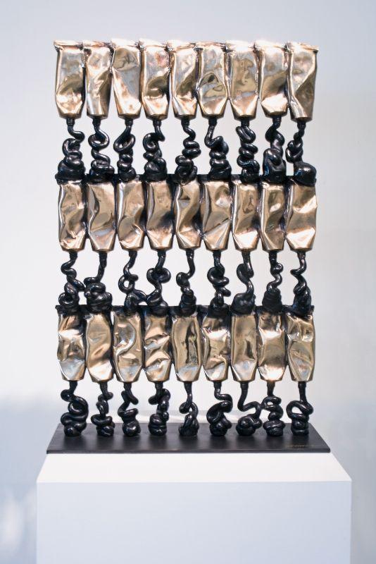 Tubes de peinture, sculpture par Arman #sculpture #art #paint