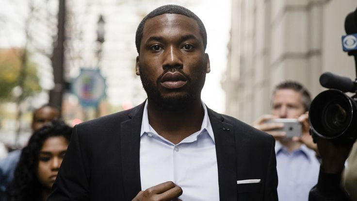 """Colin Kaepernick penned a message in support of Meek Mill and critical of the """"criminal (in)justice system"""" after the rapper was sentenced to prison."""