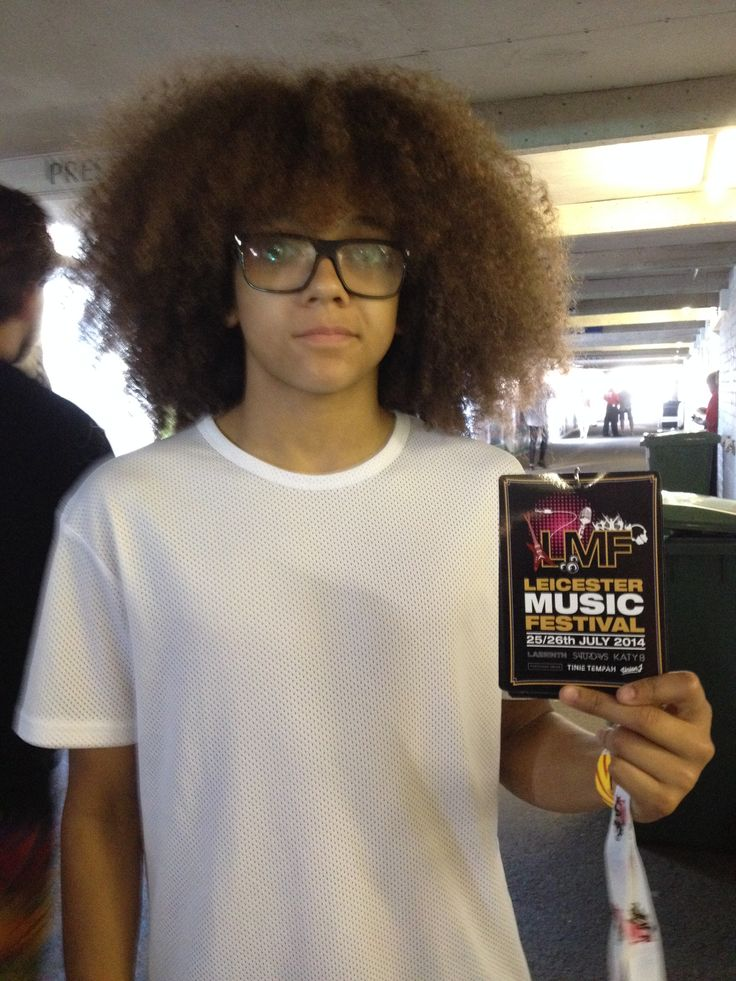 Diversity were so gracious with their time for fans on both the Friday and Saturday of the Leicester Music Festival...Typified by Perri showing off his official merchandise Lanyard...What a cool guy!!!