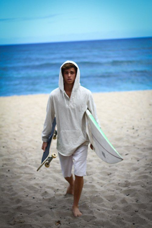 surfer skater...my kinda guy. Cause if he can skate he can surf and boys who surf...*faints*