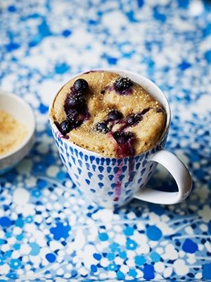 Blueberry Muffin Mug Cake 2 tablespoons butter, softened 1 large egg 1 tablespoon 2% milk 1 teaspoon vanilla extract 3 tablespoons brown sugar 4 tablespoons all-purpose flour 1/4 teaspoon baking powder  1/4 teaspoon cinnamon