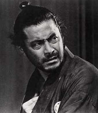 クリスマス・イブの12月24日は、実はロサンゼルスの名誉市民でもあり、日本が世界に誇るイケメン俳優「世界のミフネ」三船敏郎の命日(1997年)。かつては、映画「ゴッドファーザー PART II(1974年公開)」で見たロバート・デニーロとアル・パチーノが、20年後に公開され...