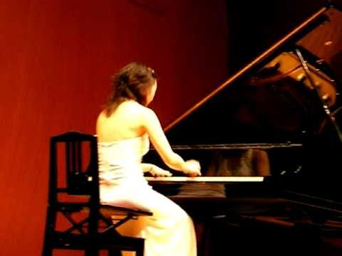 Claire Huangci plays Mozart Turkish march arranged by Fazil Say