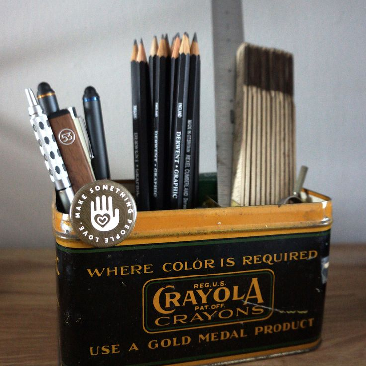 "This vintage @crayola tin has become our main desk organizer in the office, and let's face it, many store bought desk organizers are not so great looking. So a quick note on making your own: I often see this exact tin on Etsy and eBay. Just search ""vintage crayola tin"" or something else that interests you. Inside the tin are 4 acrylic boxes from container store (or check Amazon) with the lids removed, that serve as dividers. #office #officedecor #ux #uxdesign #organization #design #desk"