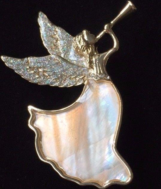 NWB DANA BUCHMAN MOTHER PEARL CHRISTMAS FLYING ANGEL HORN PIN BROOCH JEWELRY LRG #DANABUCHMAN