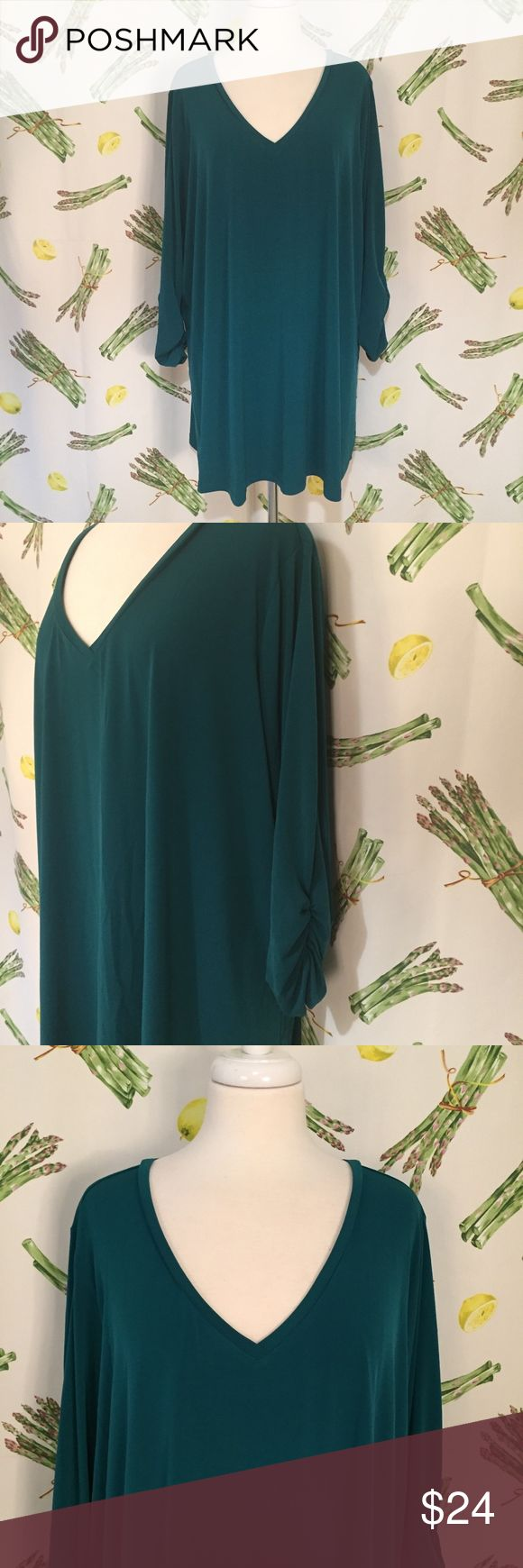 "Susan Graver V-Neck Teal Green Top Size 3X Brand: Susan Graver Size: 3X Description: V neck, 3/4 sleeves with raunched ends Condition: Very Good **Size tags vary, check measurements** Bust: 58"" Length: 30.5"" If more measurements are needed, please don't hesitate to ask! Bundle Discount Available! Reasonable offers welcome! No trades please.. Thanks for stopping by!! #Poshmark #Poshmarkapp #Poshmarkcloset Item #1897 Susan Graver Tops Blouses"