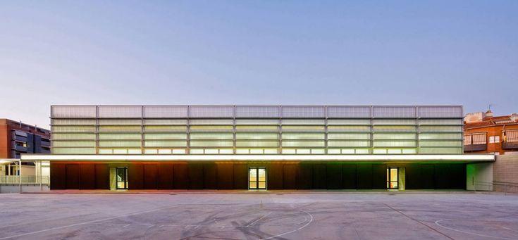 CGP Arquitectos - Sports Center in Rubí, Rubí, Barcelona, Spain (2011) #sport #architecture