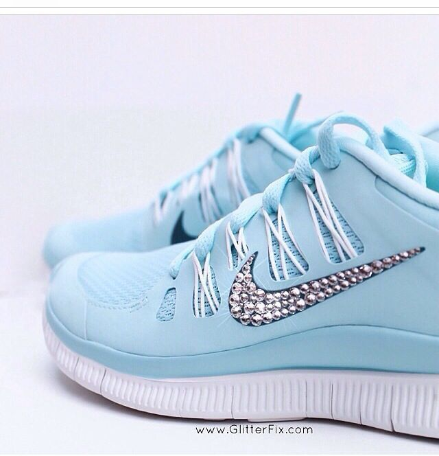 I don't own a pair of tennis shoes but I would actually wear these tiffany blue nikes