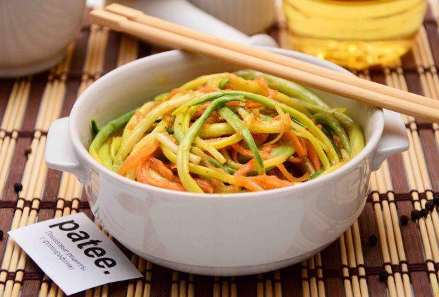 Салат черемша с морковью по-корейски