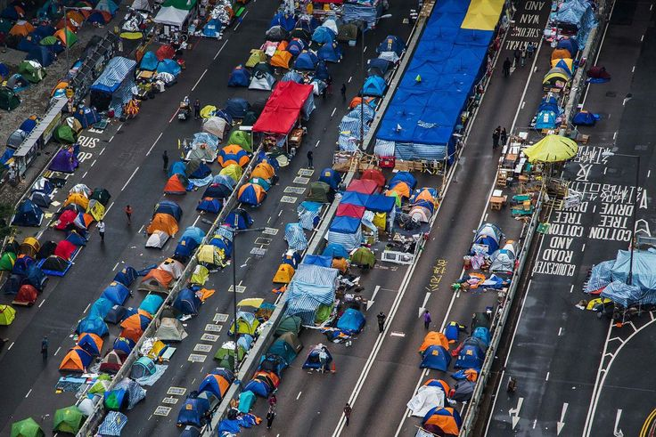 Hong Kong Protesters Dismantle Tents Before Police Clearance  Hong Kong's tent city is getting dismantled as pro-democracy protesters pack their bags and student leaders called for supporters to rally on the last day of their street occupation.
