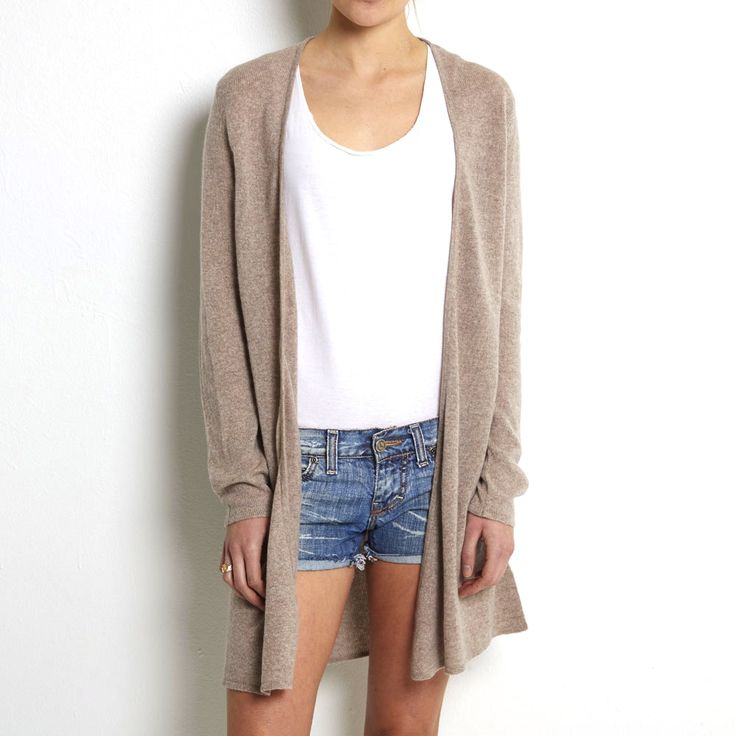 Loose knit cardigan beige cashmere www.wildwool.no