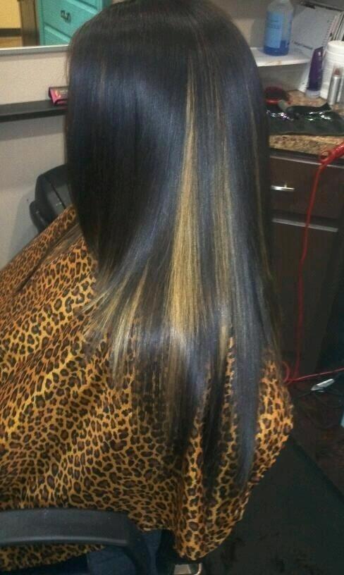 Peekaboo hair....sooo pretty