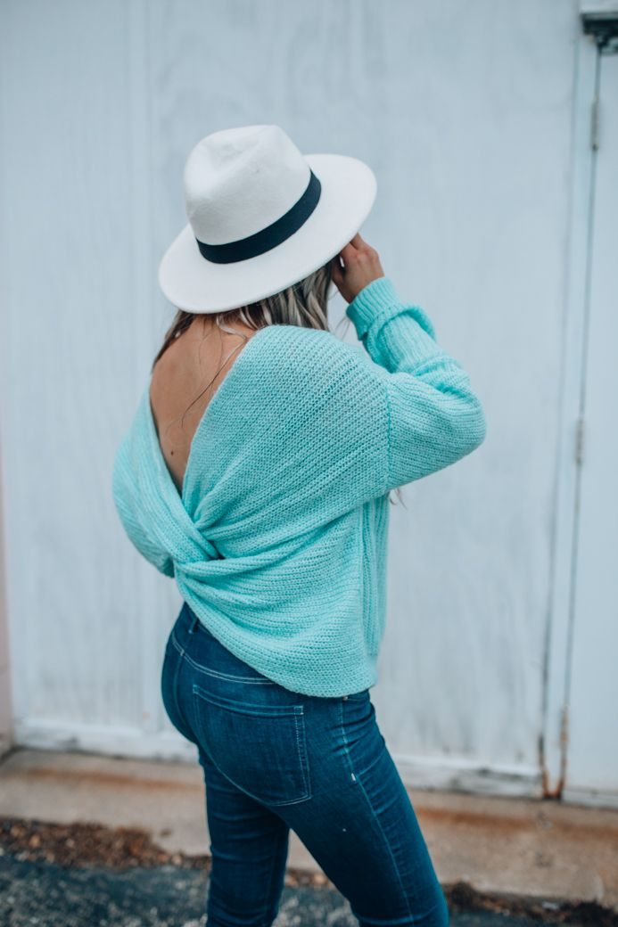 Cute open back sweater that's under $50! This sweater gave me some of my postpartum blues back!