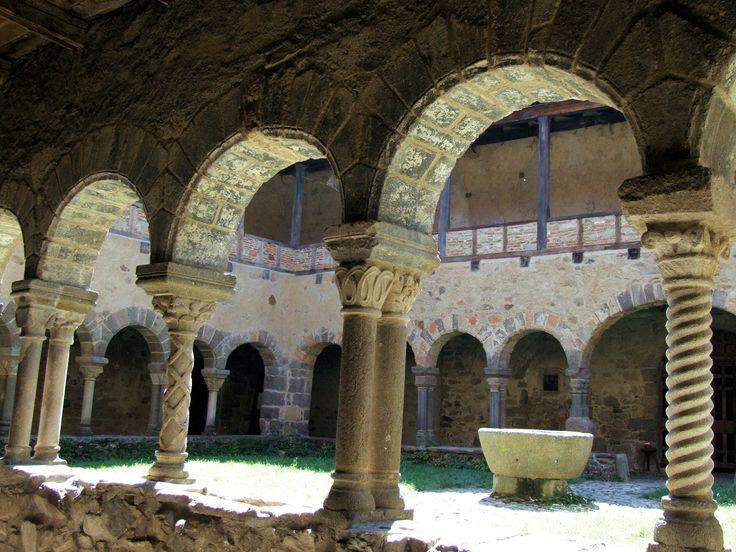 Abbaye de Saint André de Lavaudieu (63100)