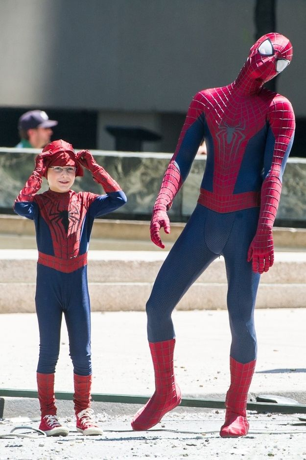 Insanely Adorable Photos Of Andrew Garfield Hanging Out With A Mini Spiderman. This is why I love him!