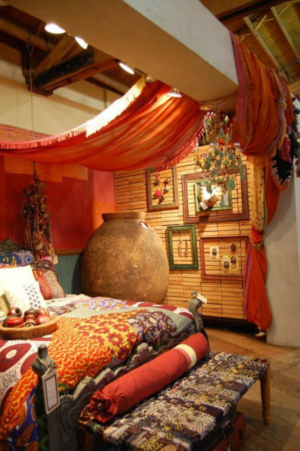 Orientalische Gardinen Haengend Decke Bett