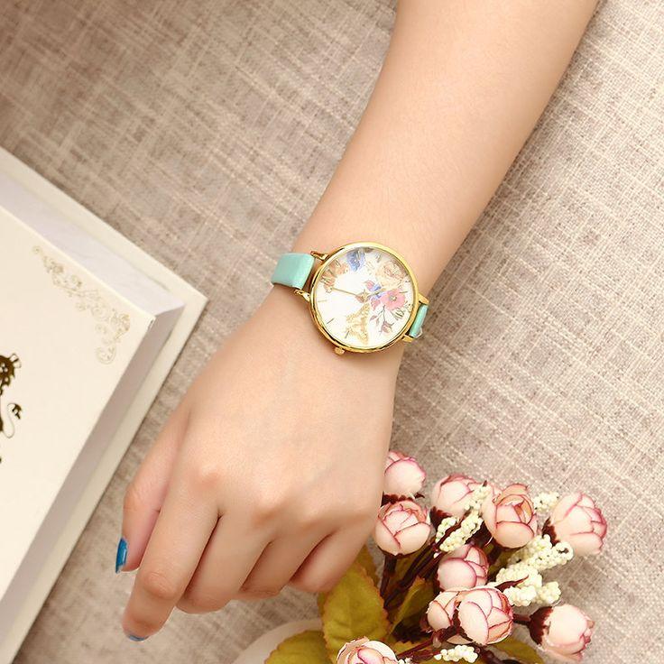 Women's Trendy Watch Flower Butterfly Leather Watch