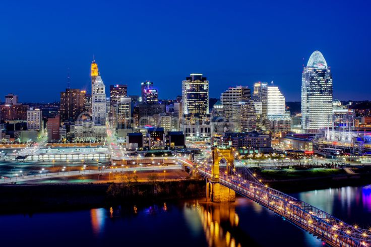 Wow! Cincinnati Skyline. I want this on a canvas when I move out of state.