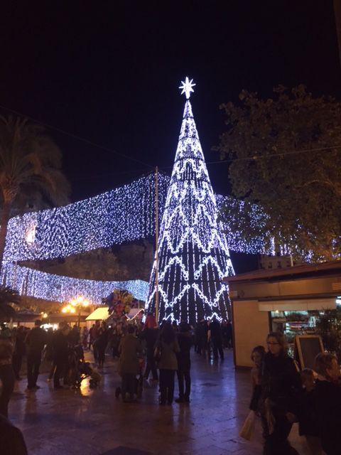 Árbol de Nadal en la plaza del Ayuntamiento de Valencia. #Navidad2015 @arbolesnavidad