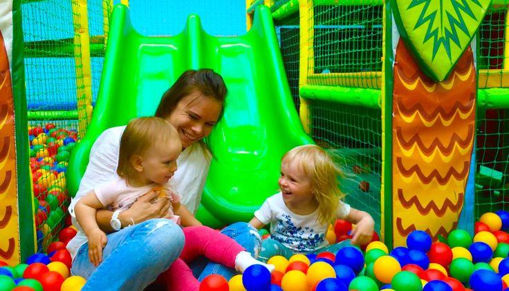 Детский развлекательный центр горка и батут бассейн с шариками kid's ...
