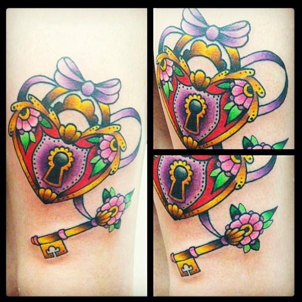25 best ideas about locket tattoos on pinterest heart for Pretty key tattoos